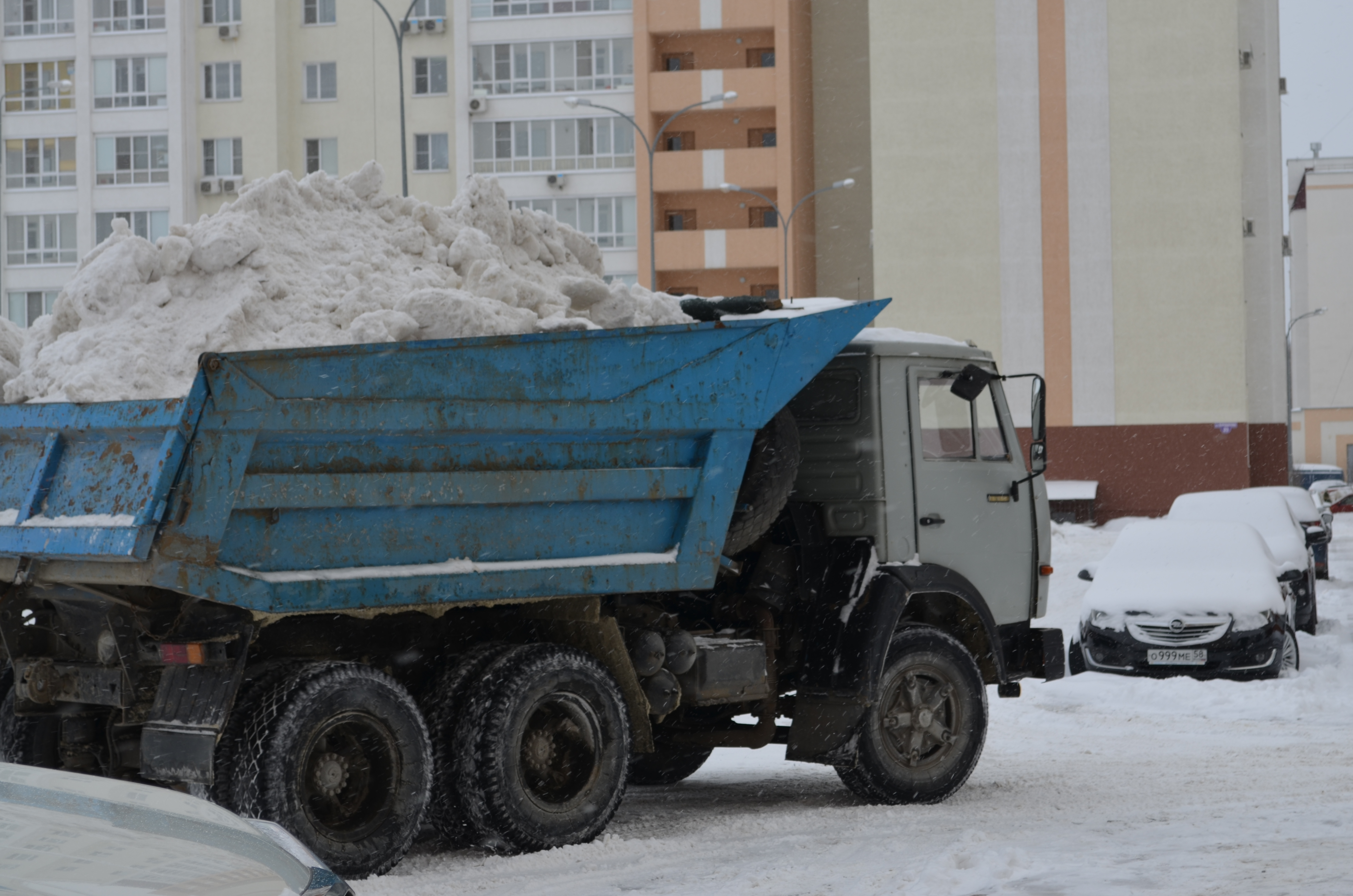 vyivoz-snega2